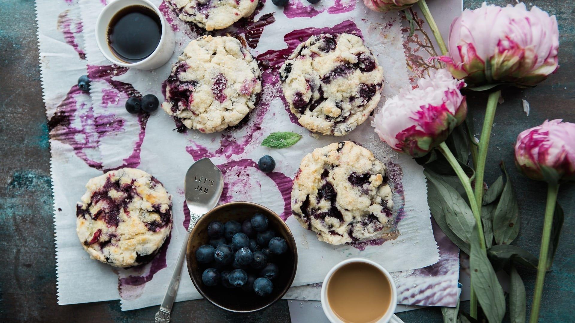 Blaubeer-Cookies zum Fika