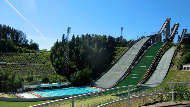 Die Sprungschanze in Lahti wird im Sommer zum Freibad