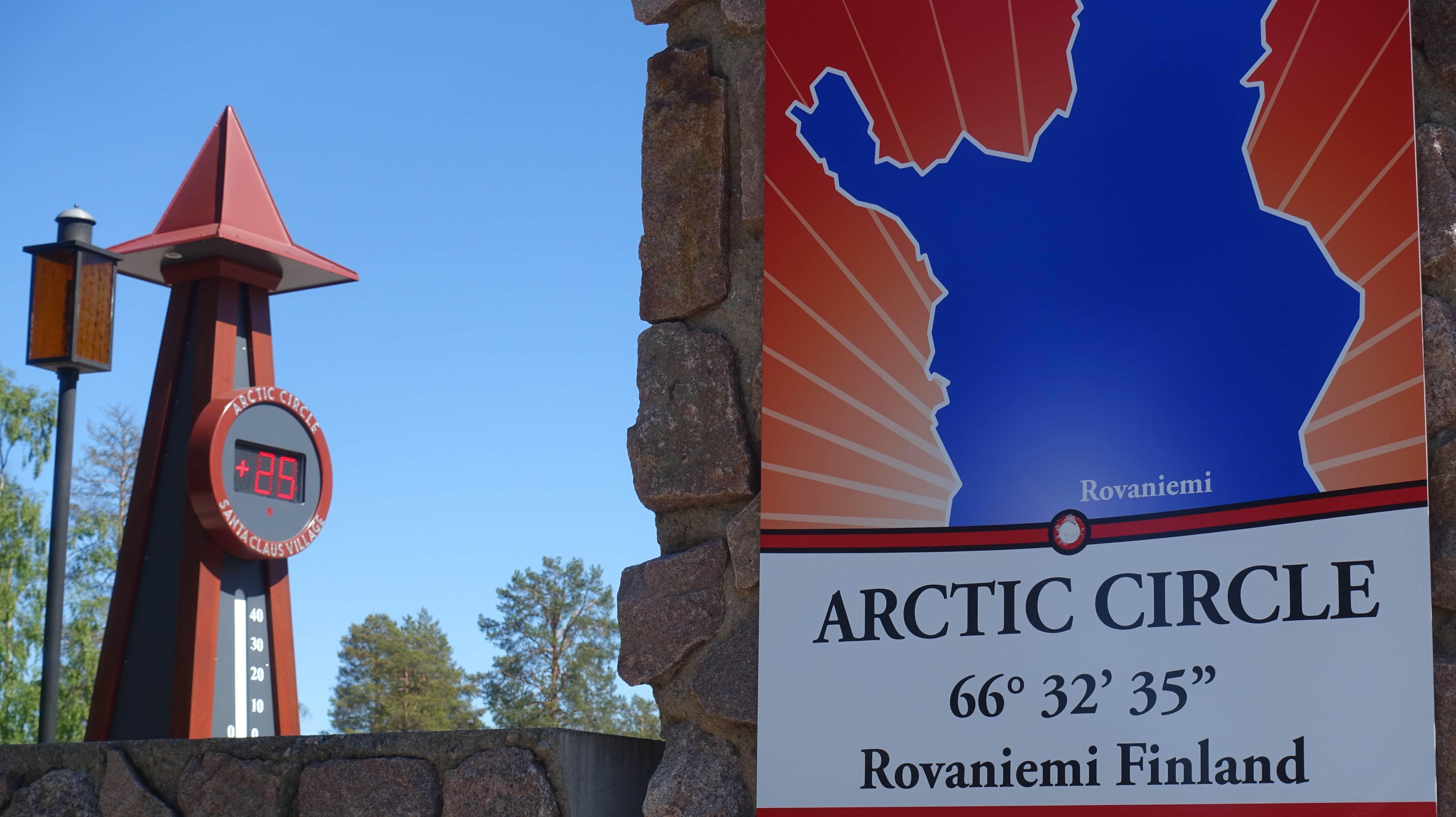 Als ich in diesem Jahr im Sommer im Weihnachtsmanndorf am Polarkreis war, waren es doch tatsächlich 25 Grad.