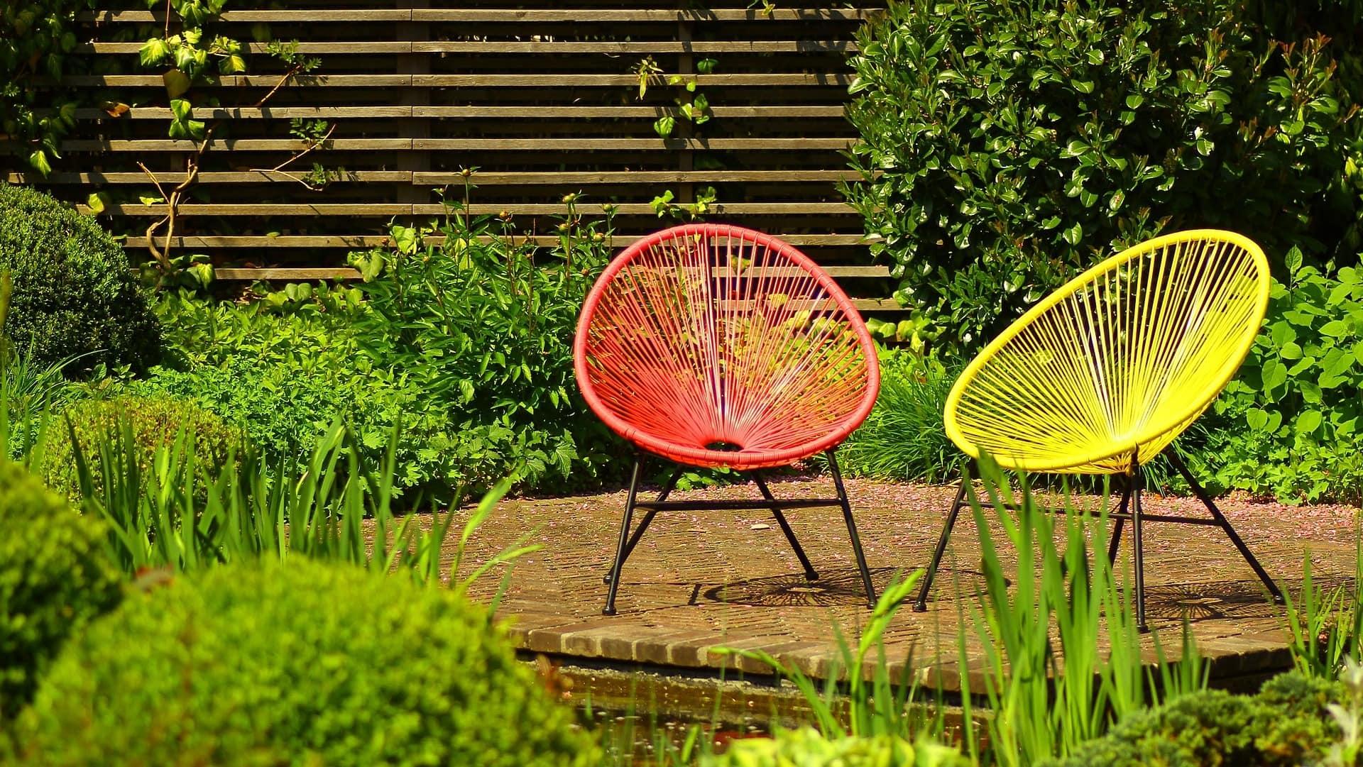 Stylische Gartenstühle im Skandi-Design