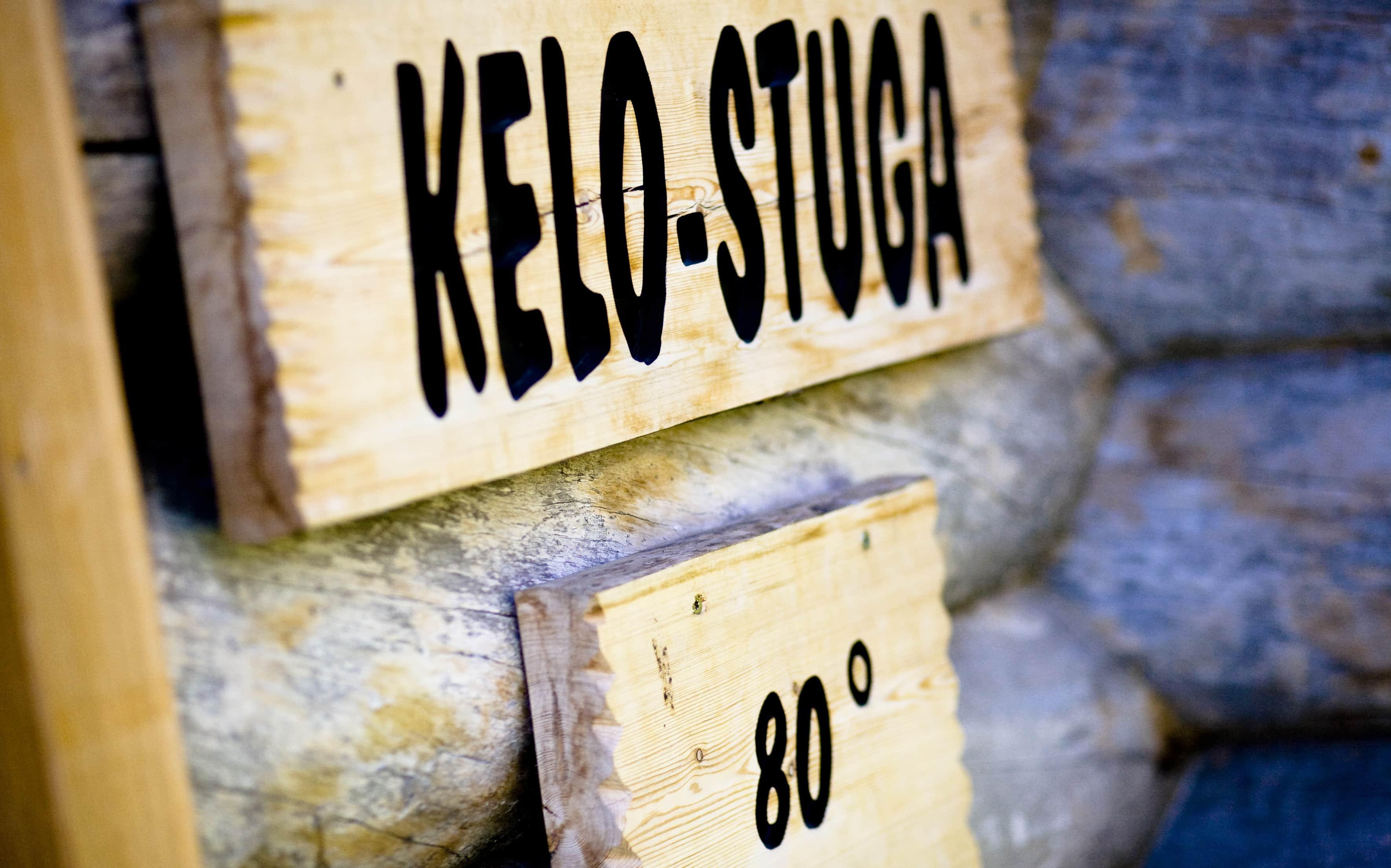 In der Saunalandschaft im Midsommerland in Hamburg können die Gäste entspannt skandinavisch abschalten., zum Beispiel hier bei 80 Grad in der Kelo-Stuga.