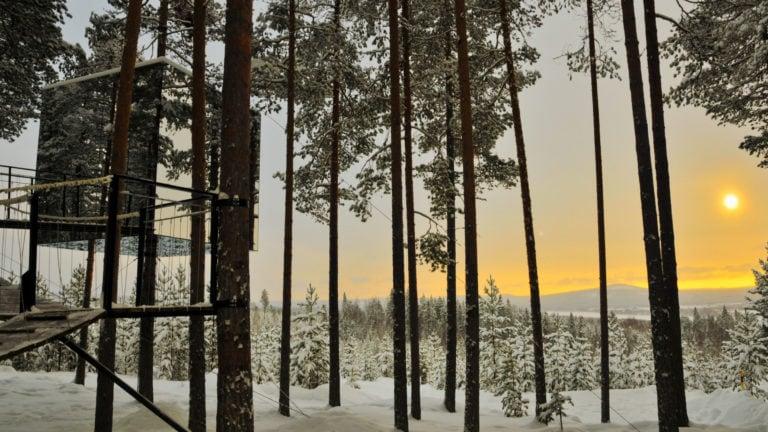Ganz in der Nähe von Luleå gibt es das Treehotel.