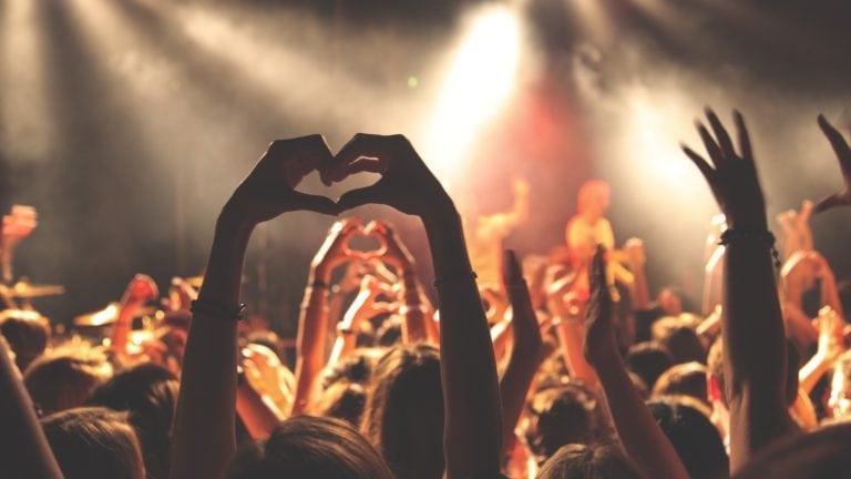 Musikfestival in Island zu Ostern