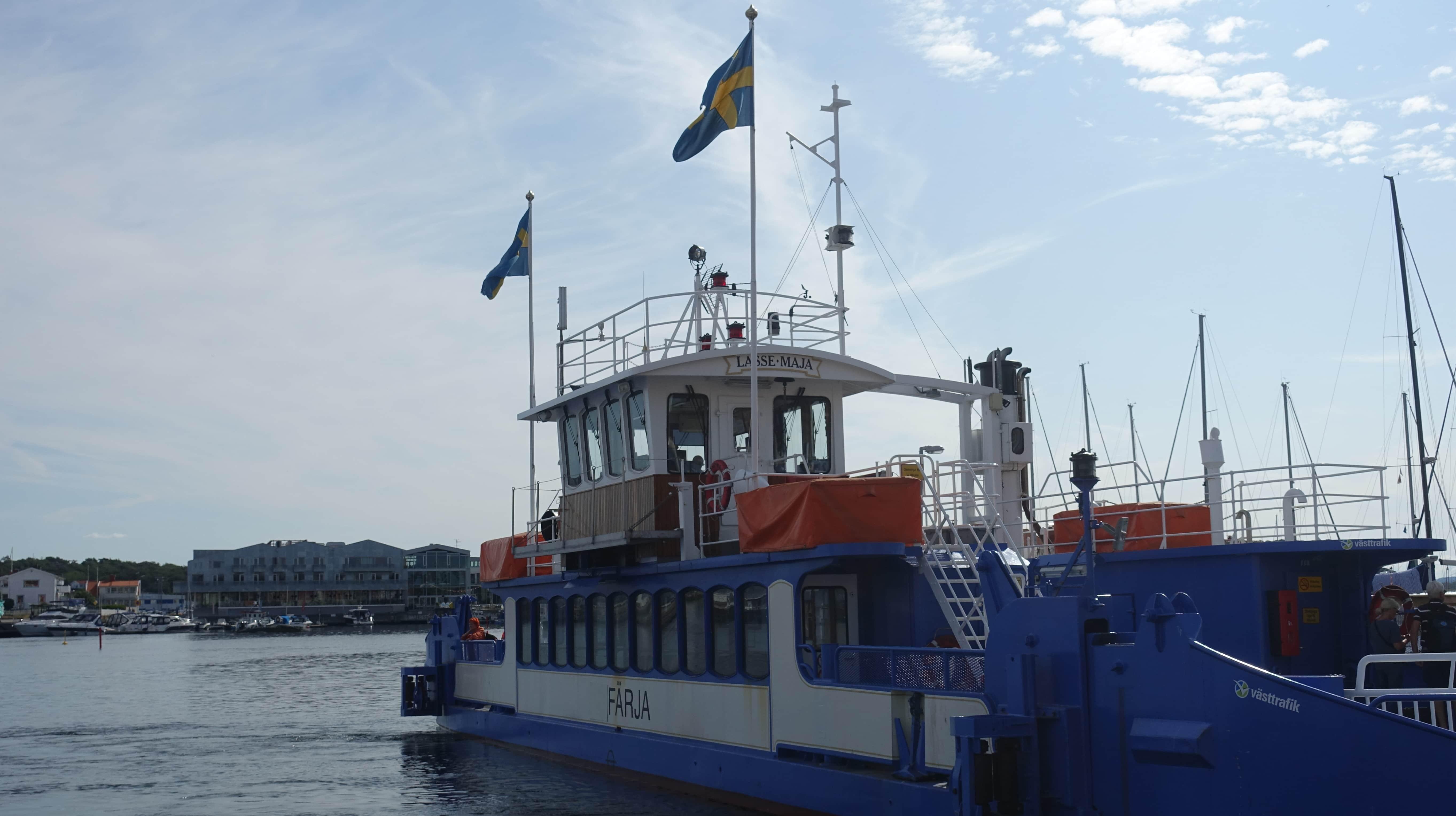 Die Überfahrt mit der Fähre von Koö nach Marstrand dauert nur 3 Minuten.
