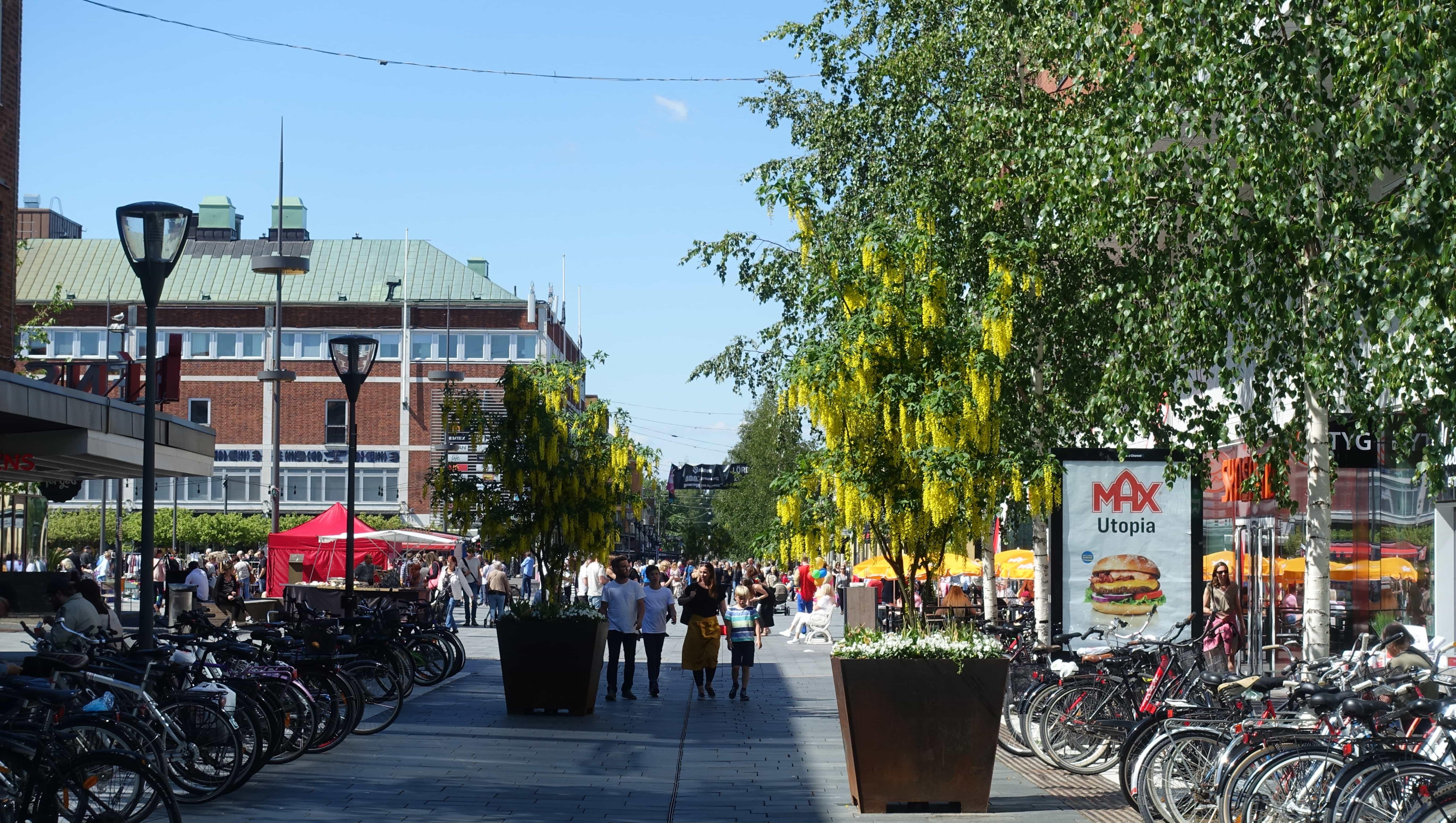 Die Kungsgatan in Umeå wird im Winter geheizt